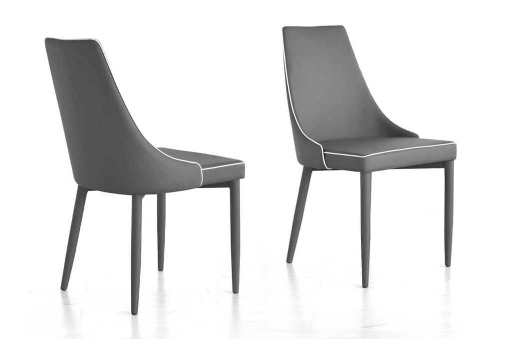 New plana tavoli e sedie mobili sparaco for Tavoli e sedie soggiorno moderno