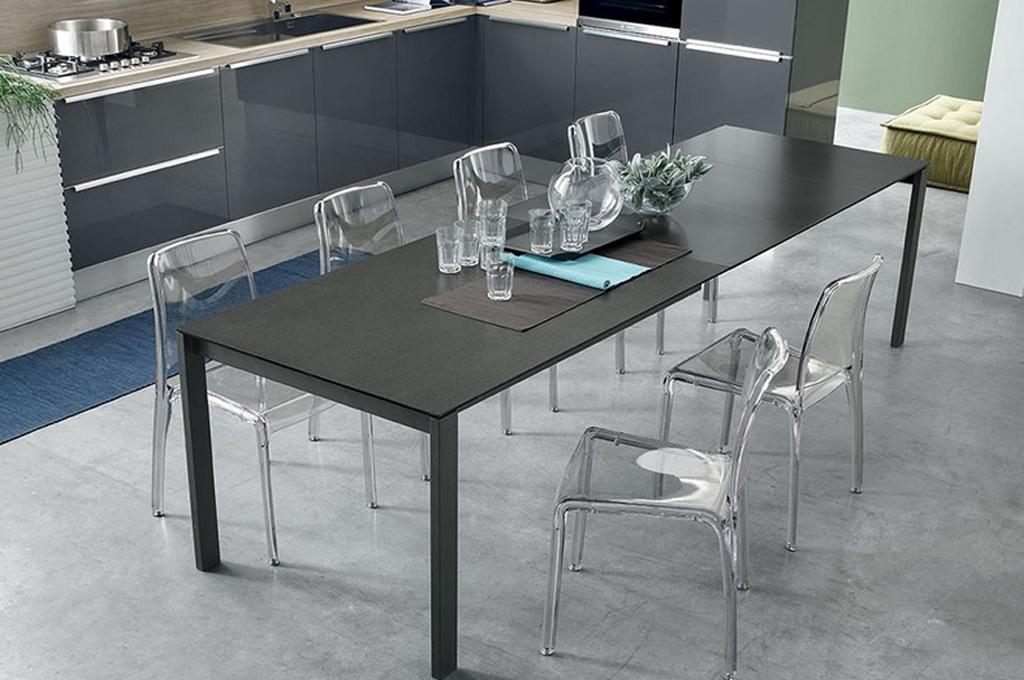Sole tavoli e sedie mobili sparaco - Tavoli moderni da cucina ...