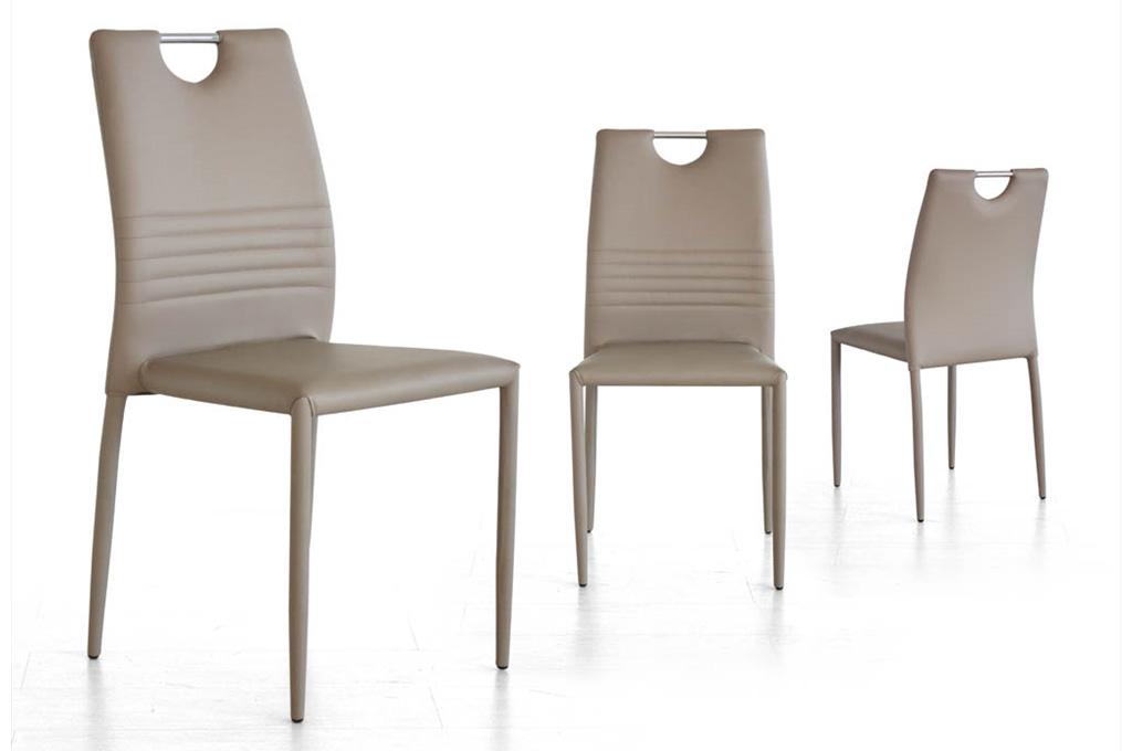 Tulip tavoli e sedie mobili sparaco for Tavoli e sedie soggiorno moderno