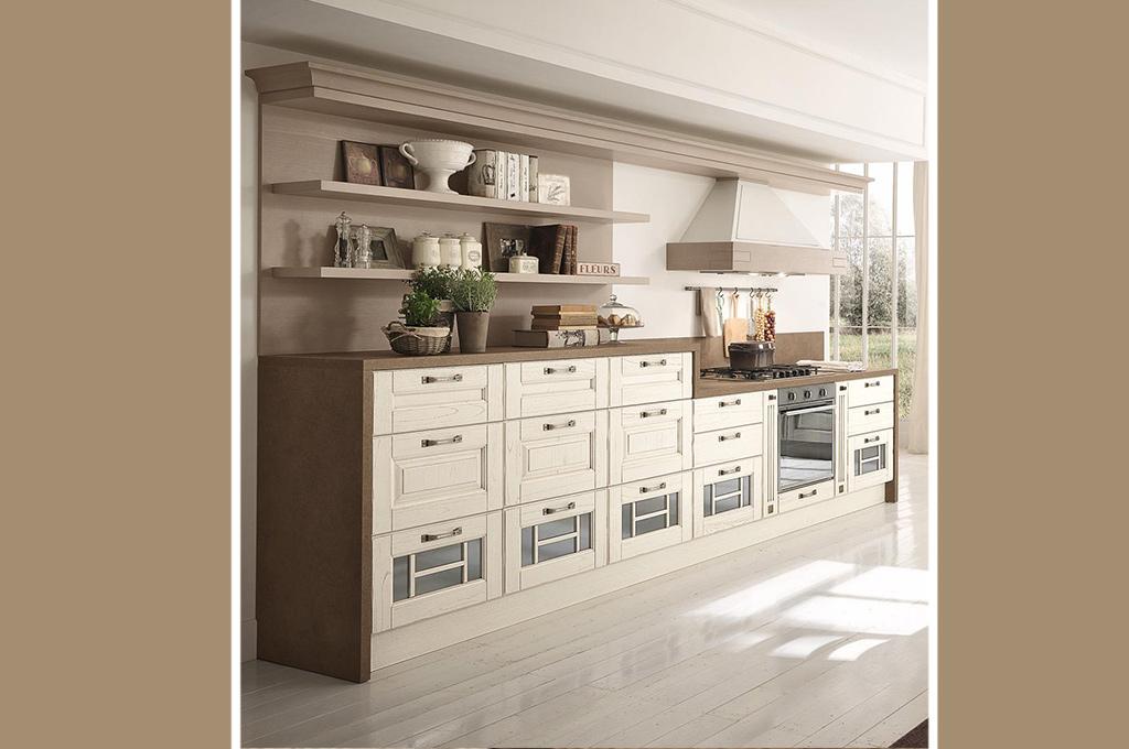 Laura cucine classiche mobili sparaco - Immagini cucine classiche ...