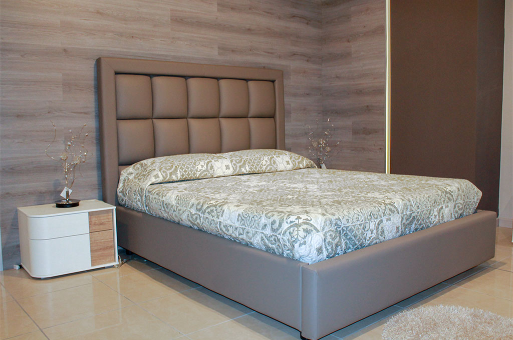 Ramona camere da letto moderne mobili sparaco for Camere da letto moderne con letto contenitore