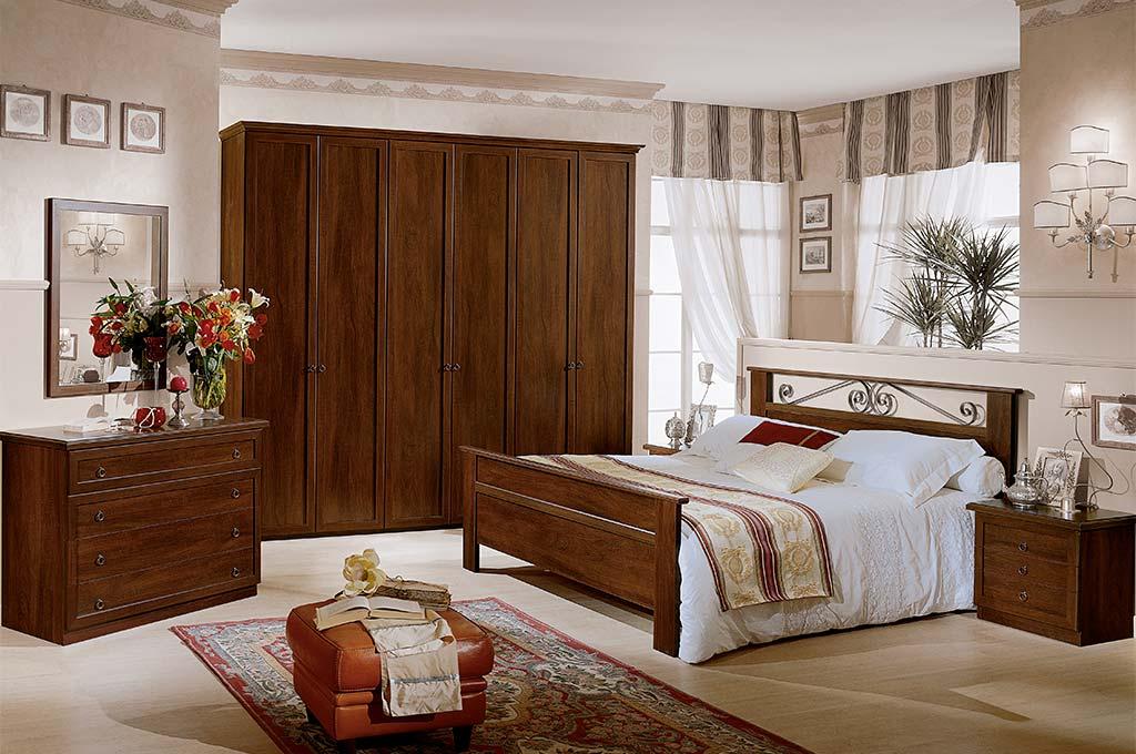 Ginevra camere da letto classiche mobili sparaco for Camere da letto zanette