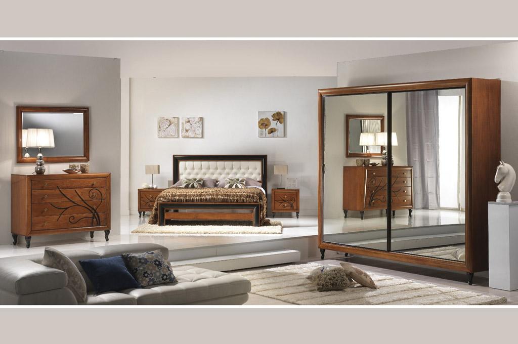 Charme camere da letto classiche mobili sparaco - Tende da camera da letto classiche ...