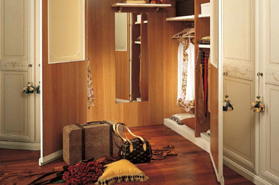 Magia camere da letto classiche mobili sparaco for Piani cabina 4 camere da letto