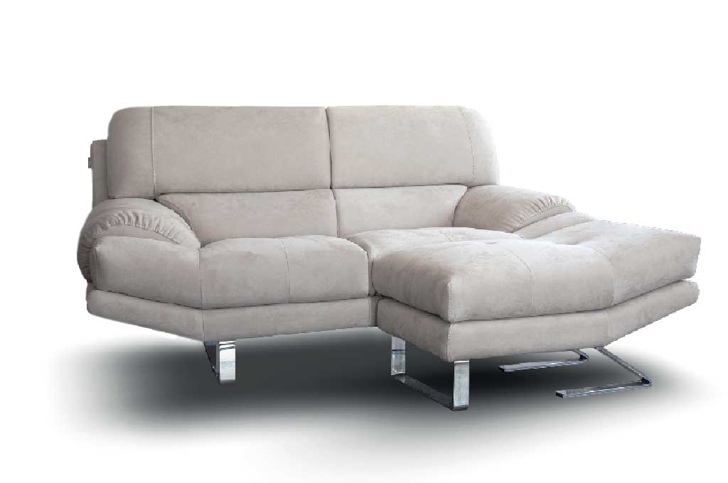 Amadeus divani moderni mobili sparaco for Divano con pouf