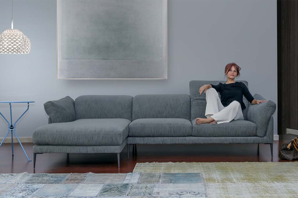 Elisir divani moderni mobili sparaco for Divani mobilia