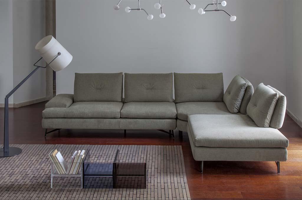 Tobia divani moderni mobili sparaco for Divani mobilia