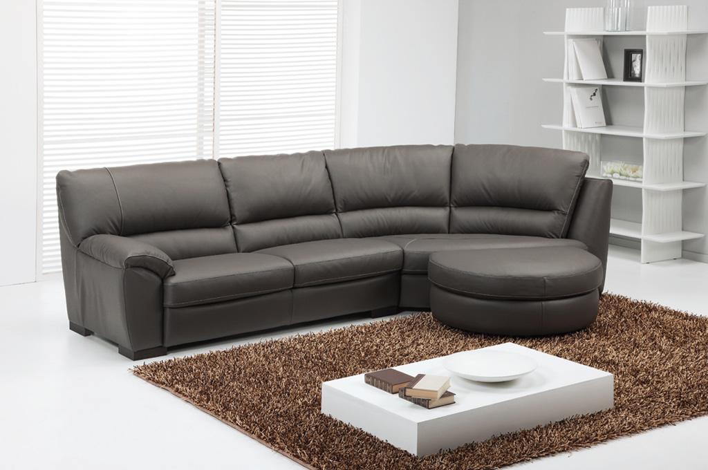 Zeus divani moderni mobili sparaco for Divani moderni